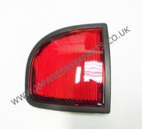 Mitsubishi L200 Pick Up 2.5DID - B40 - KB4T (03/2006-03/2015) - Rear Bumper Reflector R/H